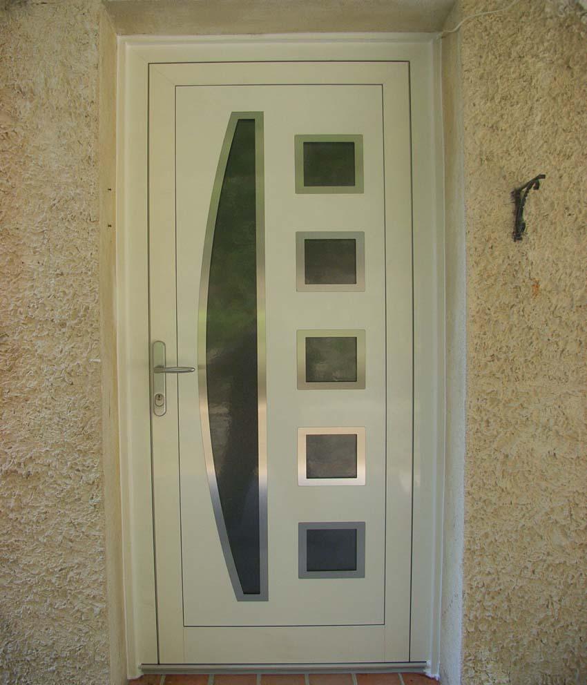 Porte aluminium avec insert inox